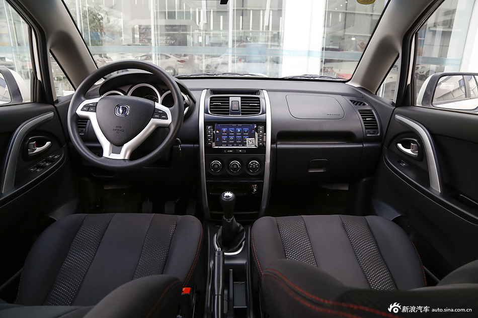 2014款长安CX20 1.4L手动天窗导航版国5