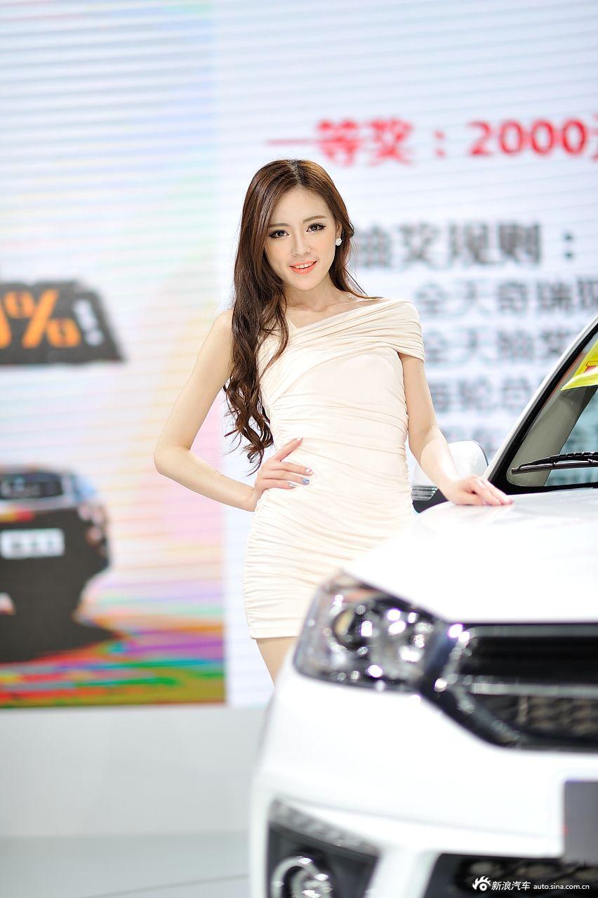 2014重庆车展高清模特组图第2季高清图片