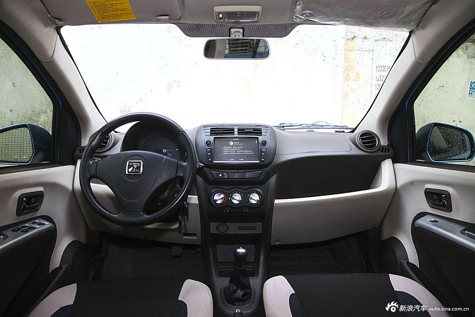 22014款众泰云100纯电动舒适型