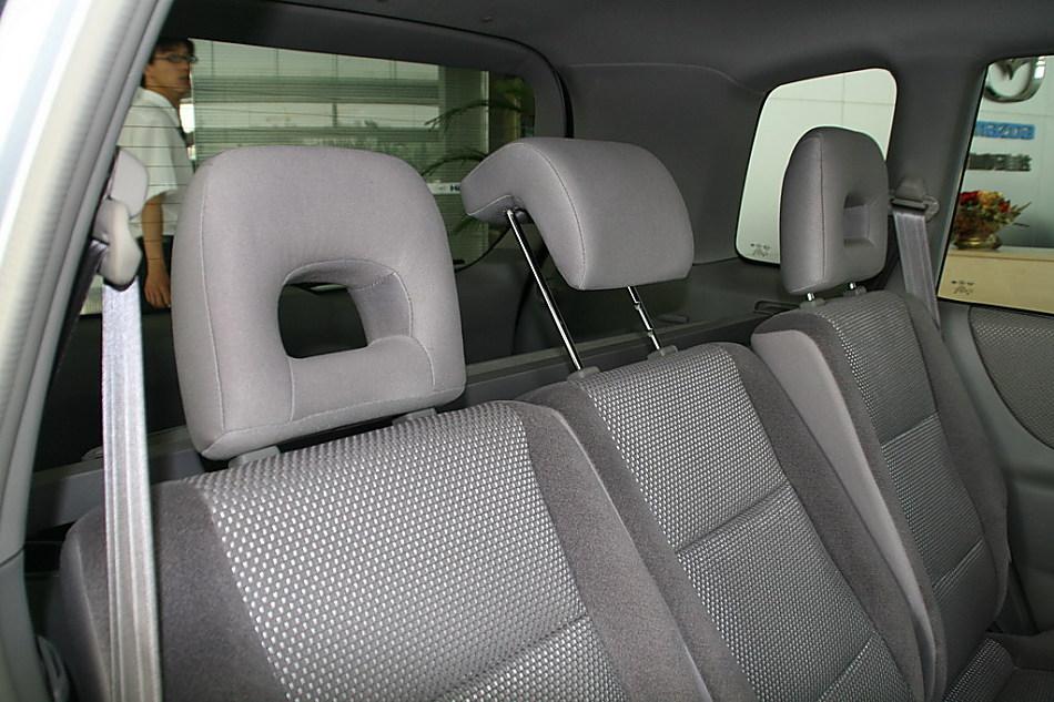 海马汽车新普力马座椅 742 799高清图片