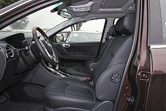 大7 SUV空间图