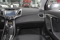2013款朗动1.6L自动尊贵型