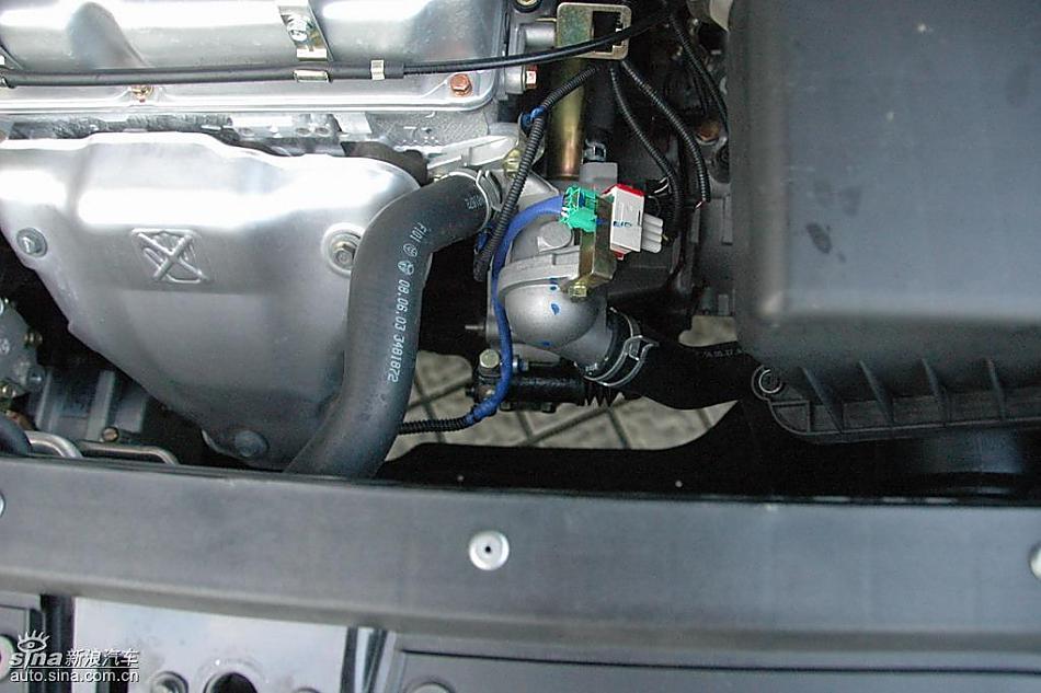 中华骏捷FRV1.3L发动机 骏捷FRV图片10840高清图片