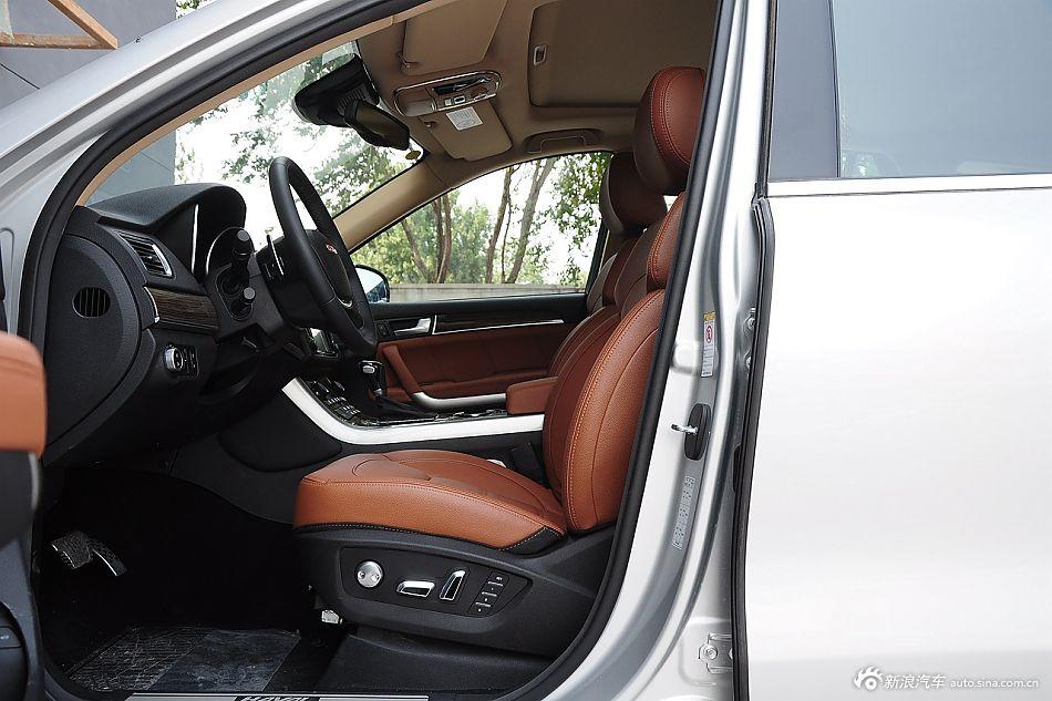 2015款哈弗H8 2.0T两驱豪华型