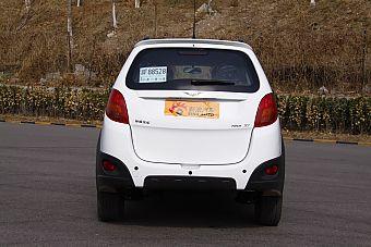 2012款瑞麒X1实拍图