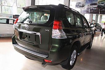 2010款丰田普拉多外观