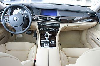 2009款宝马740Li豪华型