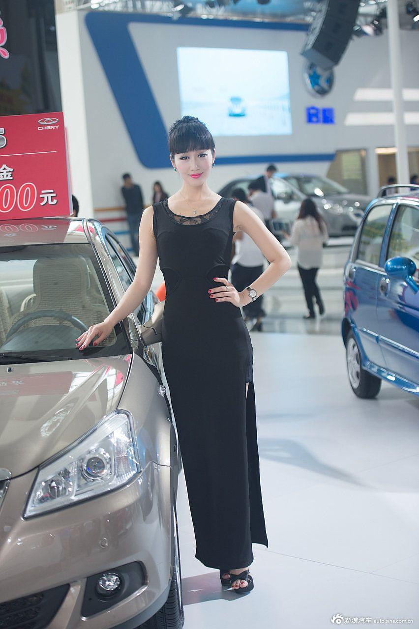 2014青岛车展高清模特组图