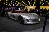 雷诺汽车的打开方式全新概念车TREZOR