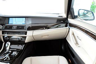 2012款宝马5系四门轿车长轴距版实拍