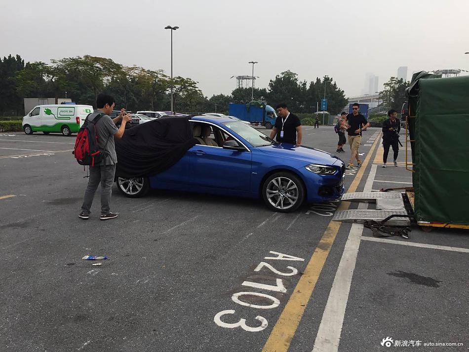 2016广州车展探馆:宝马全新3厢版1系