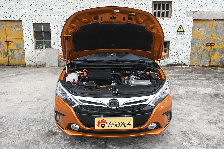 2015款比亚迪秦1.5T自动双冠旗舰Plus版