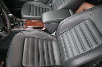 2011款帕萨特2.0T御尊版座椅空间