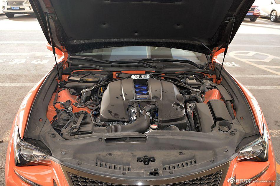 2016款雷克萨斯RC F 5.0L碳纤维版