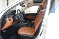 2015款宝马3系328LI豪华设计套装