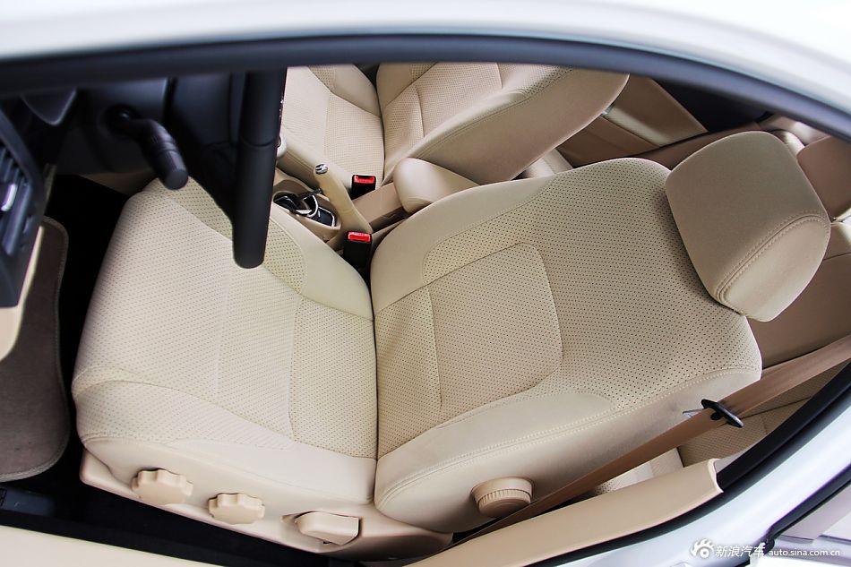 2013款中华H330 1.5L自动豪华型
