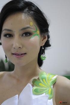 2010北京车展清纯车模_1