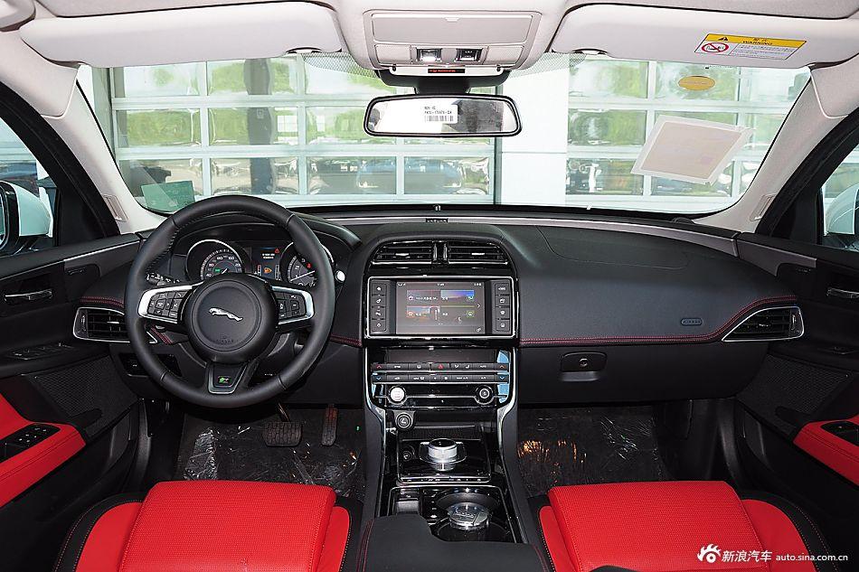 2015款捷豹XE R-SPORT 2.0 i4 Ti (240PS)