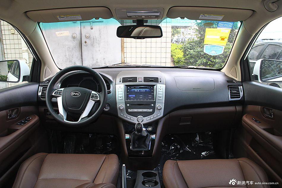 2014款比亚迪S6 2.0L手动豪华型