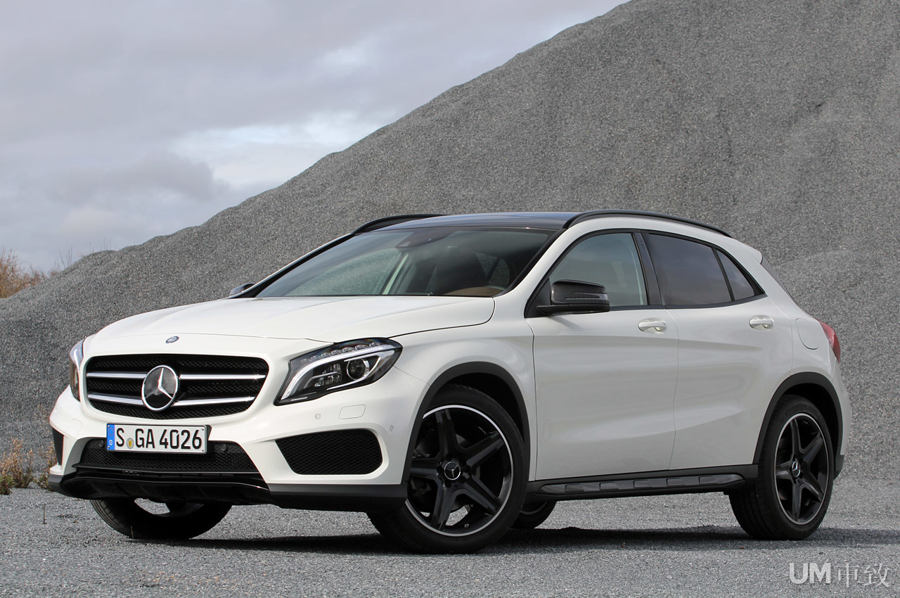 Gallery mercedes benz gla 250 50p world automobile for Mercedes benz china