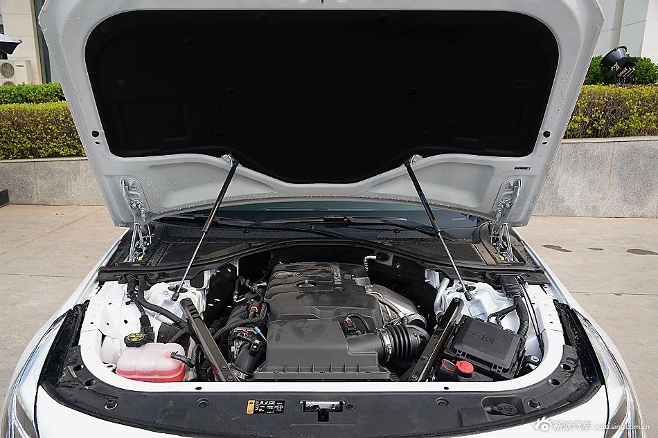 2016款凯迪拉克CT6 2.0T自动28T精英型