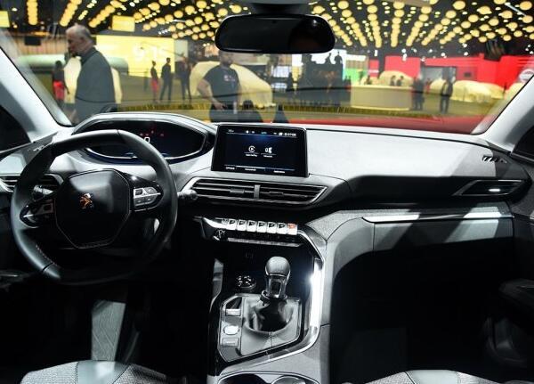 新5008明年6月上市 标致新车计划曝光