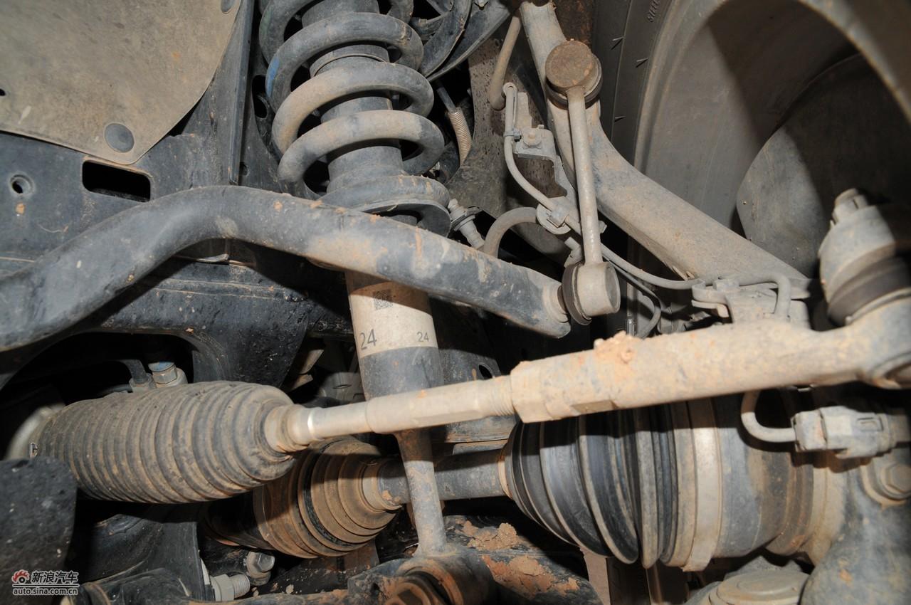 进口普拉多引擎底盘图片高清图片