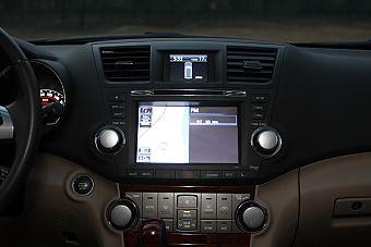 2013款汉兰达2.7L自动两驱紫金版