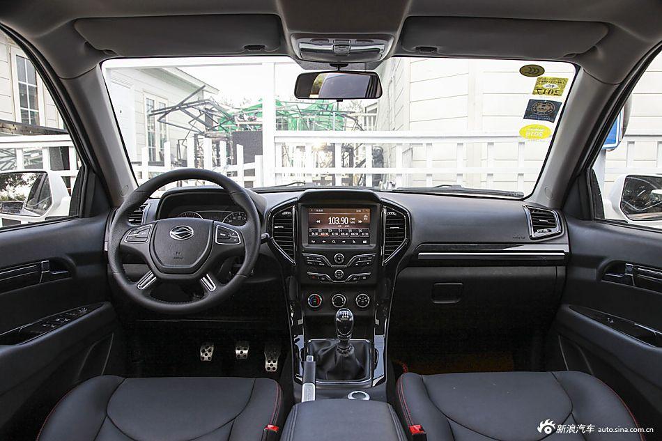 2015款陆风X8探索版2.0T汽油四驱超豪华型
