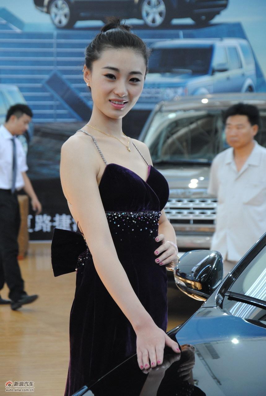 2011银川车展模特高清图(29/93)图片