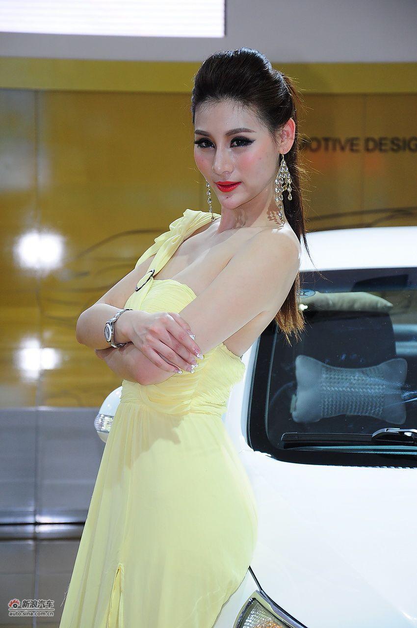 2012海南车展模特高清图_13624583_汽车图库