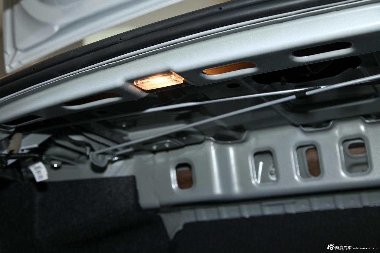赛欧3cd机尾线接线图