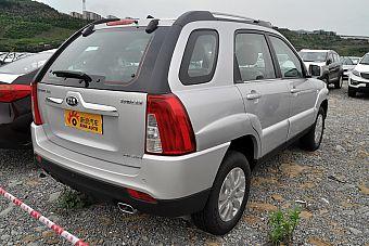 2013款狮跑2.0L GL自动两驱版