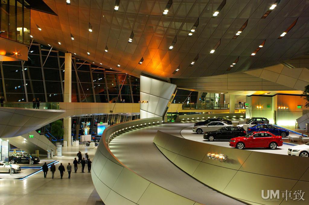 ...12年03月29日 08:36 设立在宝马总部旁边的宝马博物馆被称为