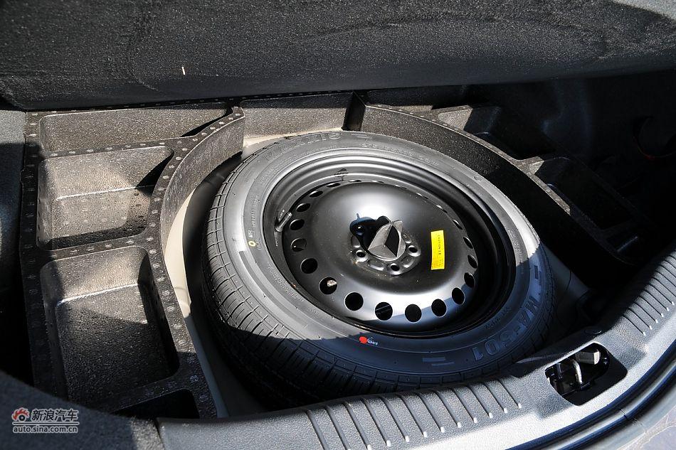 2011款蒙迪欧致胜发动机舱 蒙迪欧致胜图片5684988 汽车图库 新浪汽高清图片