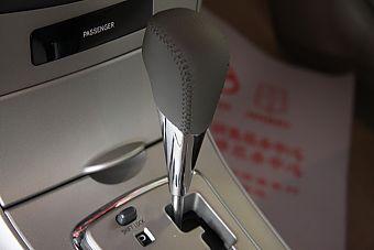 2010款卡罗拉GL-i 1.8AT 天窗版