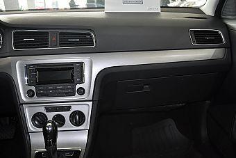 2013款朗逸1.6L自动舒适版 睿智金