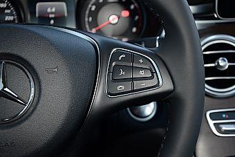 2016款奔驰GLC300 2.0T自动4MATIC豪华型