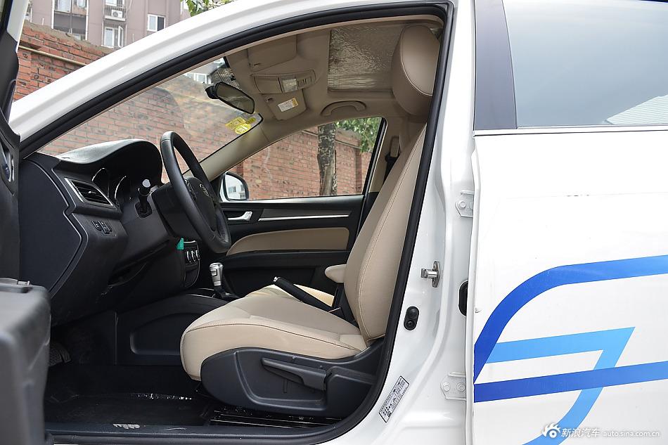 2016款奔腾B30 1.6L自动尊贵型