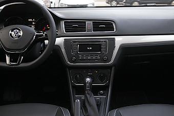 2015款朗逸1.4T自动DSG舒适版