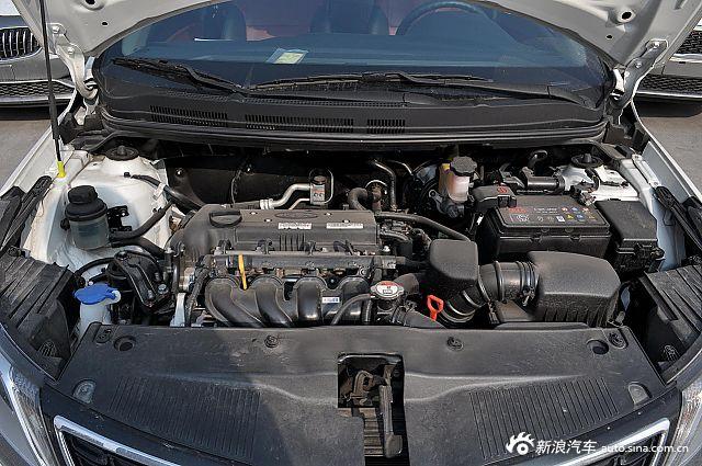 2012款起亚K2 1.4L自动炫酷纪念版两厢