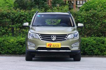 2015款 宝骏560 1.8L手动豪华型