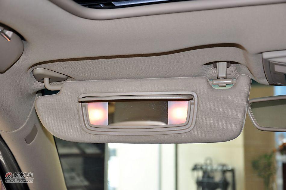 2012款荣威550S 1.8L自动超值版座椅空间图片-2012款荣威550 荣威高清图片