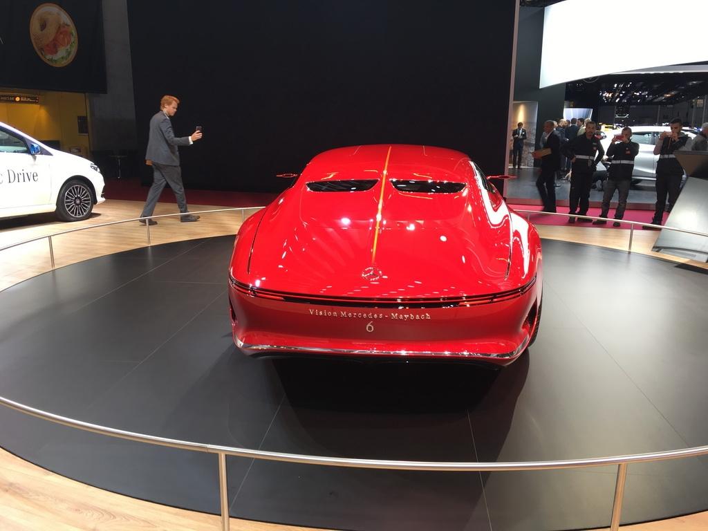 巴黎车展:奔驰迈巴赫 6概念车
