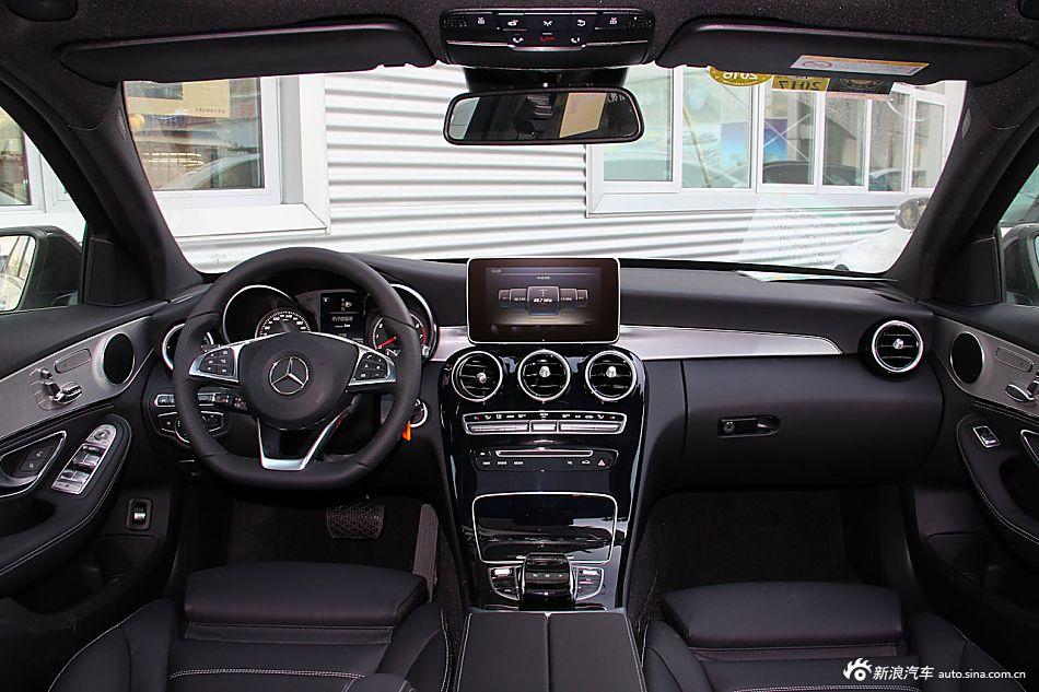 2015款奔驰C300 2.0T自动运动版