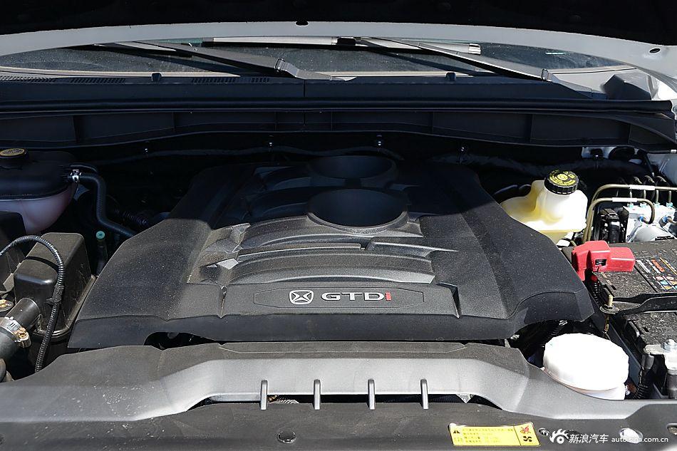 2016款驭胜S350 2.0T自动两驱汽油超豪华版5座