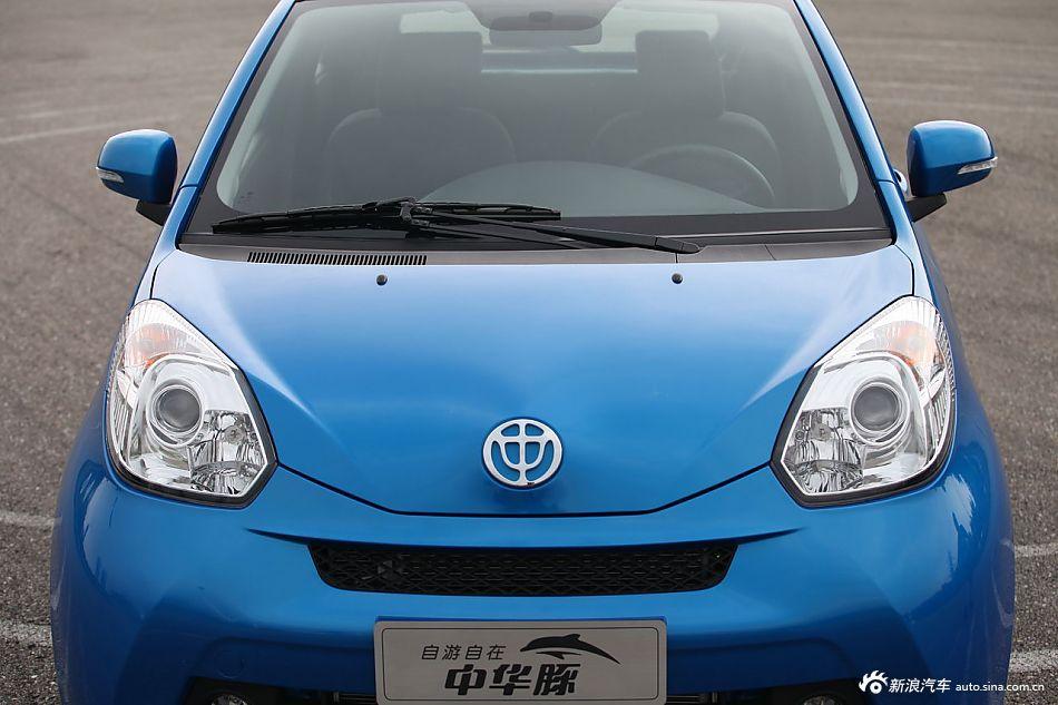 2014款中华豚1.3L手动驭动版 海葵蓝