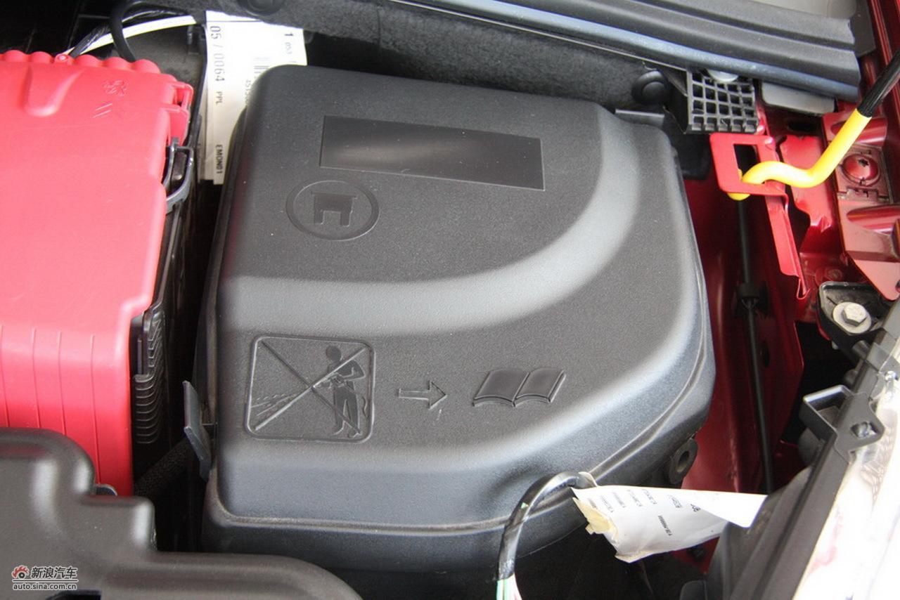 标致308cc时尚型其他 308cc引擎底盘图片1107007 汽车图库 新浪汽车高清图片