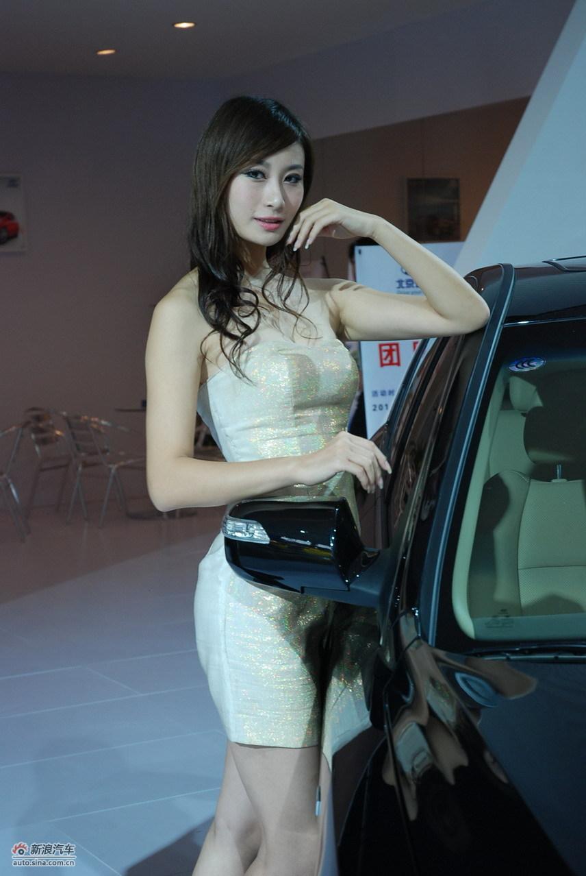 2010南京车展模特高清图