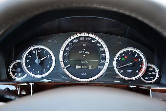 2011款奔驰E200 CGI优雅型内饰